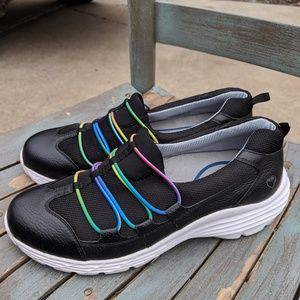 Nurse Mates Slip Resistant Sneakers Size 8.5M